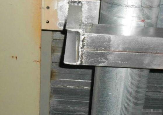 或焊接连接(每个接线端子接线